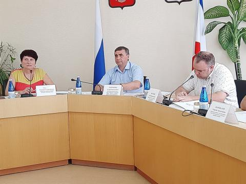 В Минсельхозе Крыма стартовал конкурсный отбор начинающих фермеров и семейных ферм