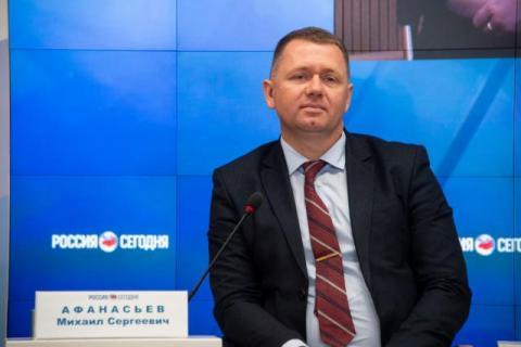 Глава Мининформа проголосовал по вопросу поправок в Конституцию РФ по месту регистрации в селе Поповка Сакского района