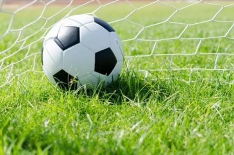 Наши футболисты — победители