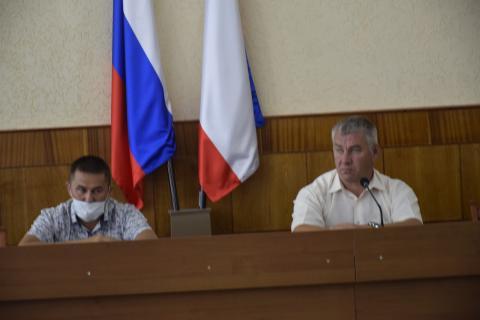 Заседание оперативного штаба  по предупреждению распространения  коронавирусной инфекции  на территории Черноморского района